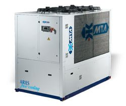 Чиллеры со встроенным контуром естественного охлаждения ARIES FREE-COOLING (65-226 кВт)  (Италия) MTA